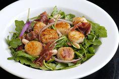 Arugula with seared scallops, prosciutto and white beans. #healthy #salad #recipes