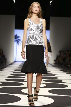 Nicole Miller Ready To Wear Spring Summer 2015 New York