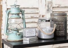 Shabby Vintage Archives - Home Style Corner Deco Marine, Shabby Vintage, Shabby Chic, Salon Style, Beach House Decor, Home Decor, Candle Lanterns, Rustic Chic, Coastal Decor