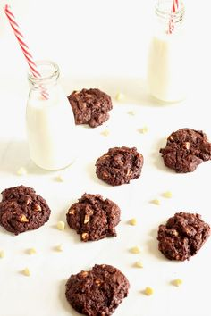 Chocolate & Chillies - Recipes. Reviews. Giveaways.: Chewy Chocolate White Chocolate Chip Cookies with Gay Lea Butter #GayLeaMom