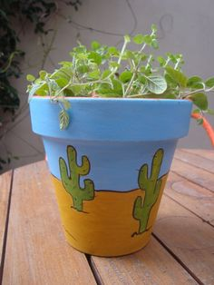 Idea Of Making Plant Pots At Home // Flower Pots From Cement Marbles // Home Decoration Ideas – Top Soop Flower Pot Art, Flower Pot Design, Clay Flower Pots, Terracotta Flower Pots, Flower Pot Crafts, Clay Pot Crafts, Cactus Flower, Clay Pots, Cactus Pot