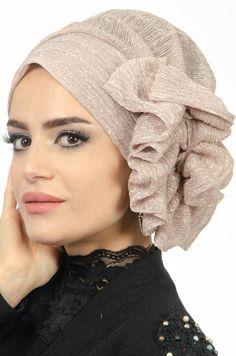 Hijab Collection, Turban Hijab, Turban Style, Hijab Tutorial, Diy Hair Accessories, Mode Hijab, Scarf Hairstyles, Headgear, Scarf Styles