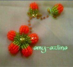 Rafflesia 3D....BY Amy azlina creations  #sulamanmanik#beads#beadsembroidery#kraftanganmalaysia#ilovebeading  #sayajahitmanikdanlace#kamparperak by amy_azlinacreations