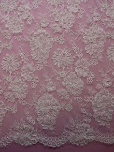 NARNIA Ivory Lace measures 132cms (52) wide and is a beautiful corded ivory wedding lace with matching fringed borders. Our designer has used a floral theme throughout with a variety of different sizes being used, that vary from 8cms to 2cms in width. SHIPPING: This item takes approx. 2 - 3 weeks to arrive. If you need it sooner please contact me before you place your order so I can make sure it's an option and give you an express shipping quote. These are the same quality fabrics, trims and…