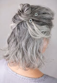 Beautiful montana-blue bobby pins in a gray hair half-up bun hairstyle...so pretty! These are the best bobby pins for fine or thin hair, because they hold so well and do not slip! Over 40 Hairstyles, Classy Hairstyles, Bobby Pin Hairstyles, Bun Hairstyle, Updo, Long Silver Hair, Long Gray Hair, Up Dos For Medium Hair, Medium Hair Styles