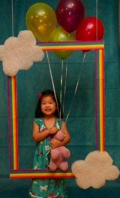 Kids photo booth at a birthday party. I am totally doing that for Emma's birthday party! Rainbow Parties, Rainbow Birthday Party, Rainbow Theme, Girl Birthday, Birthday Parties, Birthday Ideas, Birthday Pictures, Lila Party, Festa Party