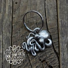 Octopus Keychain - Handmade Artisan Pewter - Octopus Squid Tentacle Zipper Pull - Cthulhu Inspired Steampunk Cephalopod Swag by Doctorgus by doctorgus on Etsy Squid Tentacles, Octopus Squid, Octopus Jewelry, Spoon Jewelry, Little Octopus, Cthulhu, Pewter, The Help, Sculpting