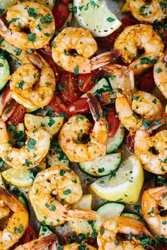 One Pan Roasted Spicy Garlic Shrimp - This recipe is ready in 30 minutes or less! Succulent shrimp and vegetables make for a healthy weeknight meal. | jessicagavin.com