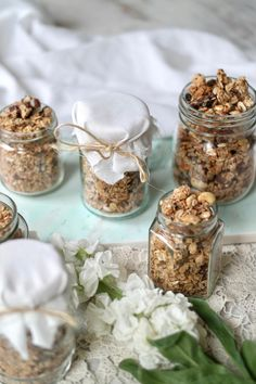 HEALTHIEST EVER GRANOLA RECIPE » makes for a perfect gift! {vegan, plant-based, gluten free}