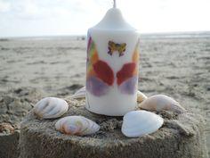 BOUGIE-PAPILLONS ((Butterfly candle) Moulage en date du 27/05/16 Bougie cylindrique pointue Ø 44 x 81 mm  Bonne fête à toutes les mamans @>>  Cire de COLZA, pigments de couleurs végétaux et minéraux, mèche Eco8 (RAPESEED wax, vegetable & mineral colours pigment, wick Eco8)  http://lumierespournosdefunts.blogspot.fr/