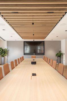 GAZELEY - Mansfield Monk - Office Design - London, UK, Europe Corporate Office Design, Modern Office Design, Corporate Interiors, Office Interior Design, Office Interiors, Corporate Offices, Conference Room Design, Commercial Office Design, Minimalist Office