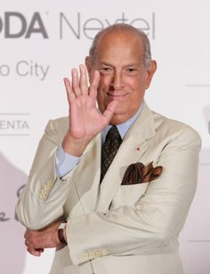 'It is a relation that began poorly and I think it will end the same way,' designer Oscar de la Renta said about the lack of love with First Lady Michelle Obama.