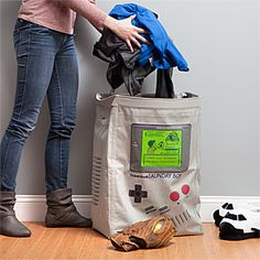 Game Boy laundry hamper: Classic Video Game Stuff for Your Bedroom!