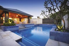 Creative Ideas to Make a Backyard Getaway