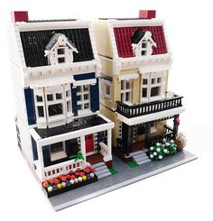 Lego City Residential Pack - Modular Houses - The flowers, the decks, the birdhouse – adorable! Informations About Lego City Residential Pack - Lego City, Lego Display, Lego Modular, Lego Design, Lego Friends, Legos, Instructions Lego, Casa Lego, Box Container