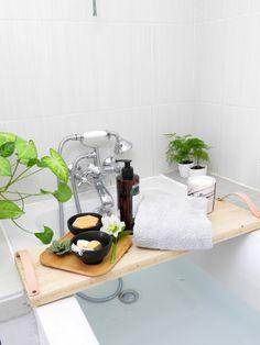 diy plateau de baignoire bois et cuir 3