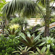 Pinned to Garden De… Chistopher Nicholas Garden Design. Pinned to Garden Design – Planting Schemes por Darin Bradbury .