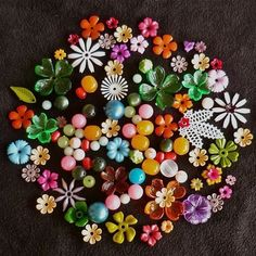 32. I love those little vintage plastic flowers, buttons, and beads. Use this image as inspiration and pile on all the little baubles. 1pt.