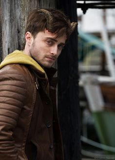 r Daniel Radcliffe Daniel Radcliffe Harry Potter, Harry Potter Actors, Actors Male, Actors & Actresses, Danielle Radcliffe, Gary Oldman, Good Movies, Awesome Movies, Celebrity News