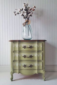 Bayberry Green Side Table | General Finishes Design Center