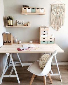 Study Room Decor, Cute Room Decor, Room Ideas Bedroom, Bedroom Decor, Teen Study Room, Teen Bedroom Desk, Study Desk, Home Room Design, Home Office Design