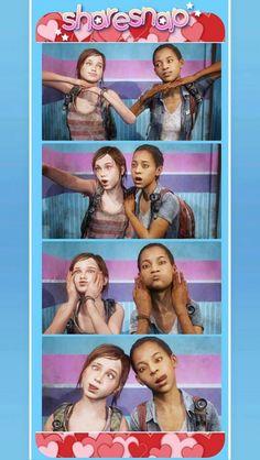 The last of Us: Left Behind photobooth. Someone chose the loooooove option! ^_^