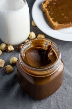 Two Ingredient Homemade Nutella. Want to make your own Nutella? This recipe is just TWO ingredients and ready in about 6 minutes. Nutella Fit, Nutella Drink, Healthy Desserts, Dessert Recipes, Homemade Desserts, Healthy Nutella Recipes, Homemade Breads, Homemade Food, Nutella Recipes
