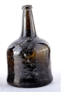 Intact bottle, possibly of 18th century date. ©NIEA