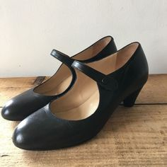 fd297f0db52 80 Best MARY JANES images in 2019   Black suede, Mary jane shoes ...
