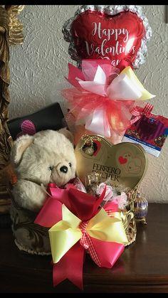 Candy Bouquet Diy, Valentine Bouquet, Diy Bouquet, Balloon Bouquet, Valentine Decorations, Valentine Crafts, Balloon Decorations, Valentines Day Baskets, Happy Valentines Day
