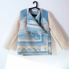 beautiful coats from recycled woolen blankets from the Netherlands