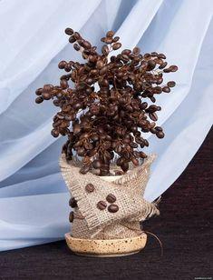 Деревья из зёрен кофе