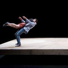 """#DANSE """"Celui qui tombe""""de Yoann Bourgeois à découvrir 27 et 28 janv. @OONMLR #Montpellier"""