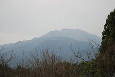 菰野町千草地区 釈迦ヶ岳を望む    平成24年10月27日撮影