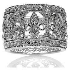 antique fleur de lis ring, wedding band, French. Love!