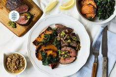 Beef Medallions with Mushroom Sauce and Sauteed Vegetables Low Carb Recipes, Vegetarian Recipes, Cooking Recipes, Beef Medallions, Delivery Menu, Sauteed Vegetables, Mushroom Sauce, Meal Prep For The Week, Calories