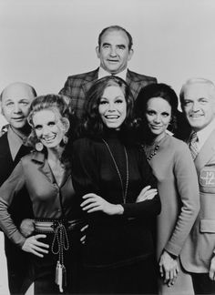 """The Mary Tyler Moore Show"" cast"