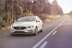 首搭1.5升Drive-E引擎  《Volvo V40 T3》135萬元起登臺開賣| 國王車訊 KingAutos