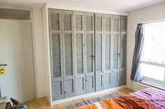 wardrobe-with-old-louvre Source by catywijmans Wardrobe Doors, Bedroom Wardrobe, Built In Wardrobe, Louvre Doors, Best Closet Organization, Laundry Room Doors, Barn Renovation, Cabinet Door Styles, Closet Layout