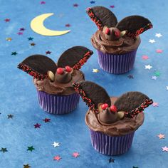Chocolate Batty Cupcakes. These are easy to make, fudgy and deliciously scary.