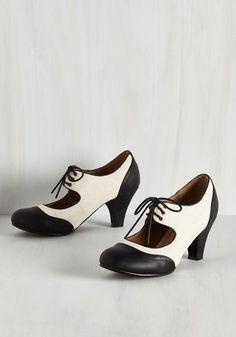 1920s two tone shoes - Its a Sure Fete Heel in Noir $39.99 AT vintagedancer.com