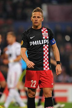 Balazs Dzsudzsak of PSV Eindhoven Football, Sports, Tops, Fashion, Garter, Retro T Shirts, News, Soccer, Hs Sports