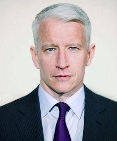 Anderson Cooper  :  DuJour