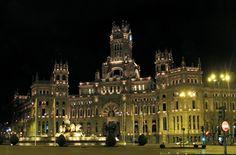 Plaza de Cibeles met de beroemde fontein is één van de meest gefotografeerde plekken van Madrid