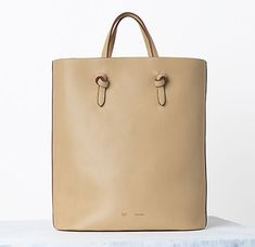 Celine Handbags Spring 2014 Not too crazy about Celine:s handbags but this one is AWESOME!
