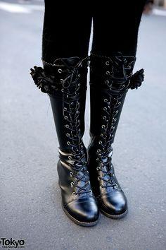 Bodyline boots