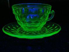 EXCELLENT, VINTAGE, MINT GREEN VASELINE GLASS JEANETTE CUBE PATTERN CUP & SAUCER
