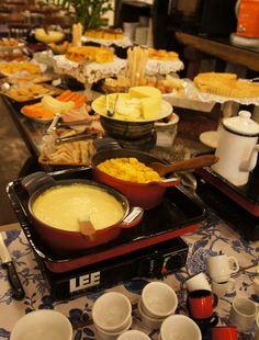 Gastronomia de Minas Gerais, Brazil - Pesquisa Google  cura é o tira jejum do mineiro. Pra acompanhar, o Queimadinho feito com leite e rapadura. Vou contar pra vocês que é daquelas coisas que comemos uma vez e queremos comer sempre!