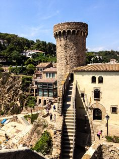 See 1115 photos and 25 tips from 5047 visitors to Tossa de Mar. The best place to visit is the Castle right next to the. Costa, Beach Landscape, City Break, Holiday Travel, Cool Places To Visit, The Good Place, Beautiful Places, Manor Houses, Palaces