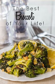 Roasted Fresh Broccoli with garlic, lemon, and Parmesan Cheese, this side dish recipe is sure to be the Best Broccoli of Your Life! Recettes de cuisine Gâteaux et desserts Cuisine et boissons Cookies et biscuits Cooking recipes Dessert recipes Food dishes Veggie Side Dishes, Side Dish Recipes, Food Dishes, Broccoli Side Dishes, Veggie Recipes Sides, Chinese Side Dishes, Diabetic Side Dishes, Asian Broccoli, Bbc Recipes